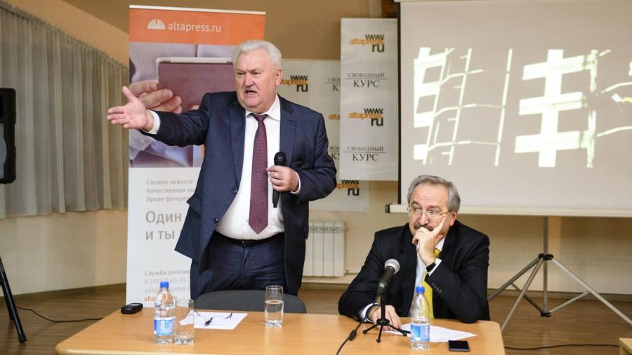 """Владимир Отмашкин на """"Школе успеха""""."""