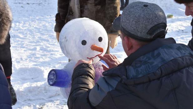 Чемпионат по лепке снеговиков-2017 в парке спорта.