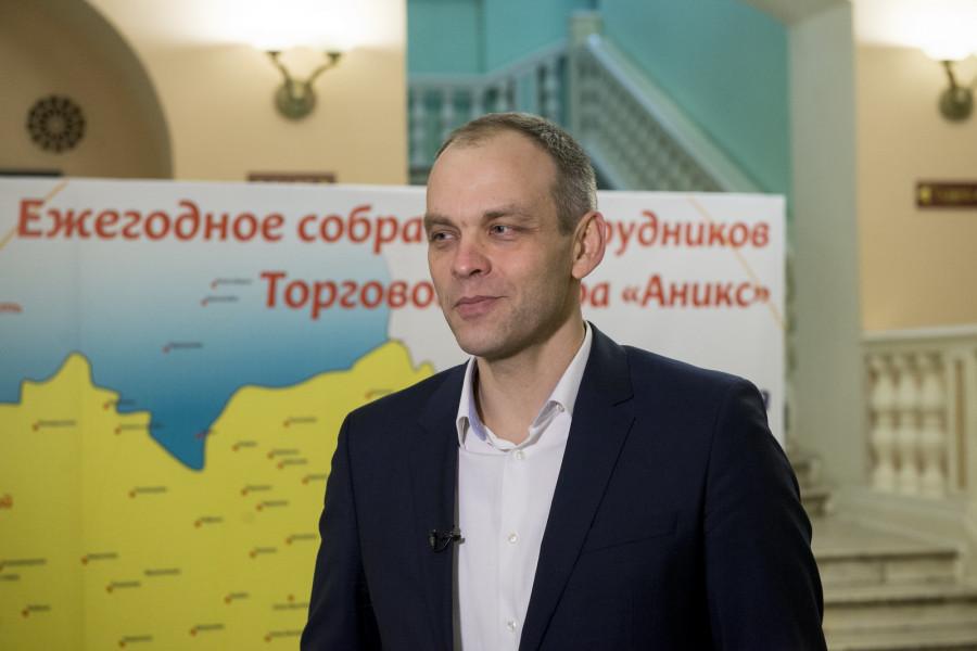 """Генеральный директор Торгового двора """"Аникс"""" Юрий Никитин."""