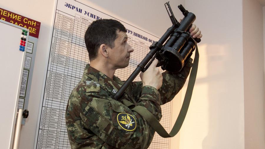 Занятие по самообороне в спецназе алтайского УФСИН, подполковник внутренней службы Евгений Меснянкин.