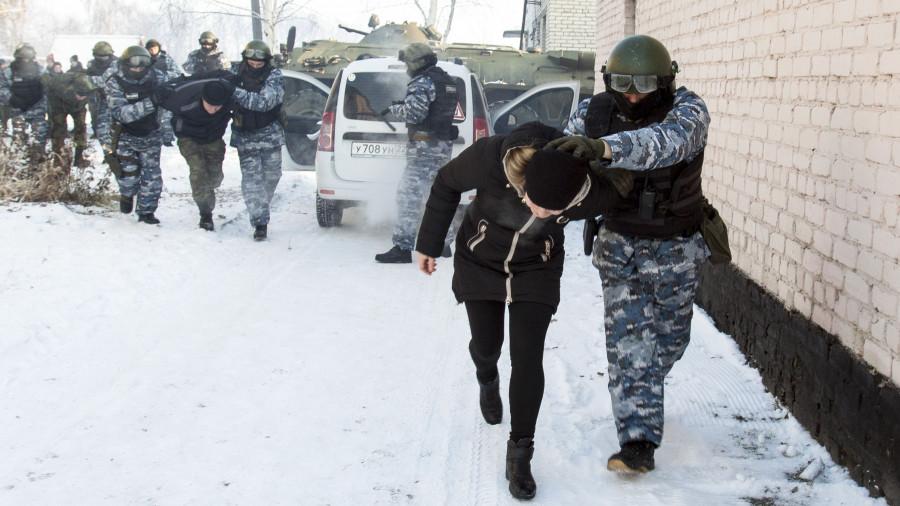 Елена Устинова в роли заложницы, спецназ алтайского УФСИН.