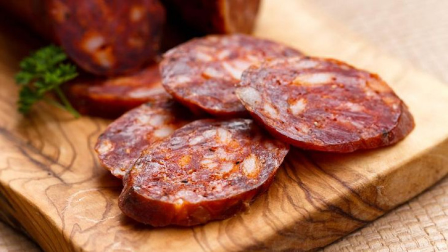 Пикантная колбаса Чоризо
