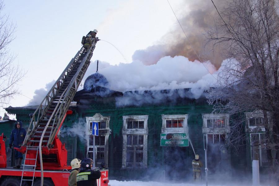 В Барнауле горела контора купца Морозова, 21 января 2018.