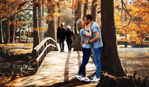 Пара. Отношения. Поцелуй.