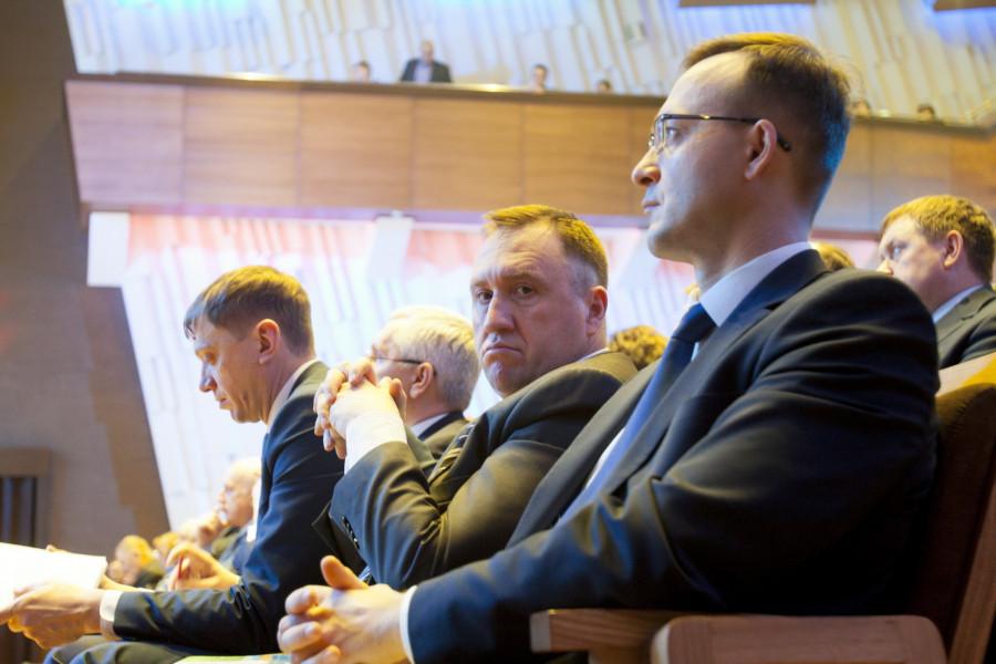 Андрей Щукин (в центре).
