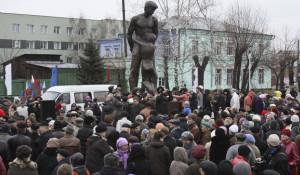 Памятник жертвам политических репрессий в Барнауле.