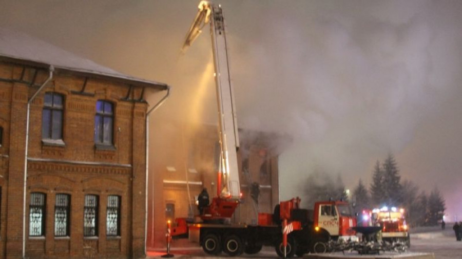 Тушение пожара в Доме афганцев.