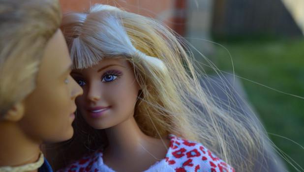 Барби и Кен.