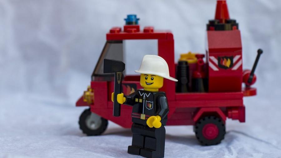 Лего.