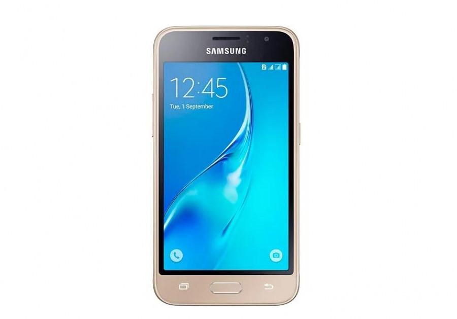 Смартфон Samsung Galaxy J1.