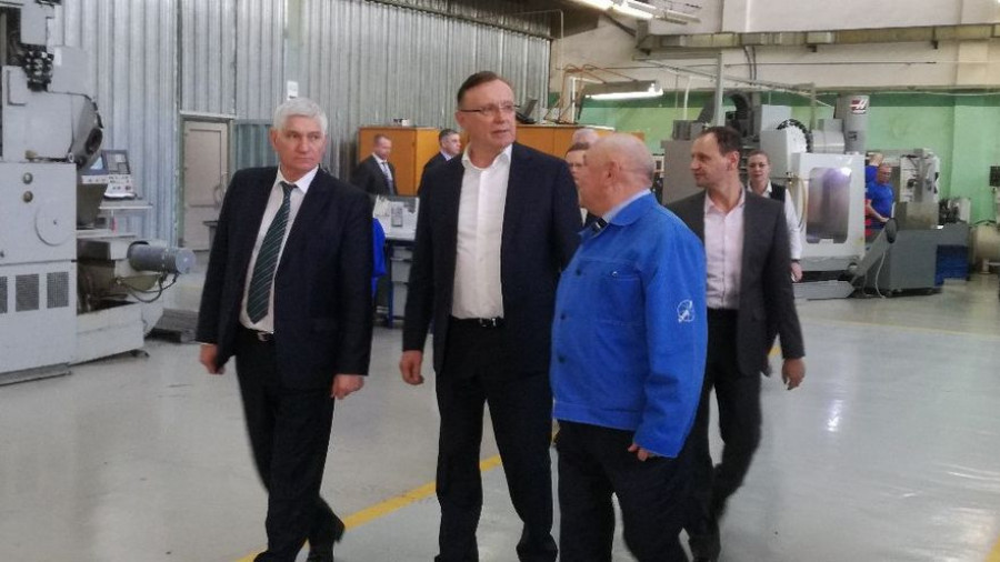Виктор Мещеряков слева, Сергей Когогин - в центре.