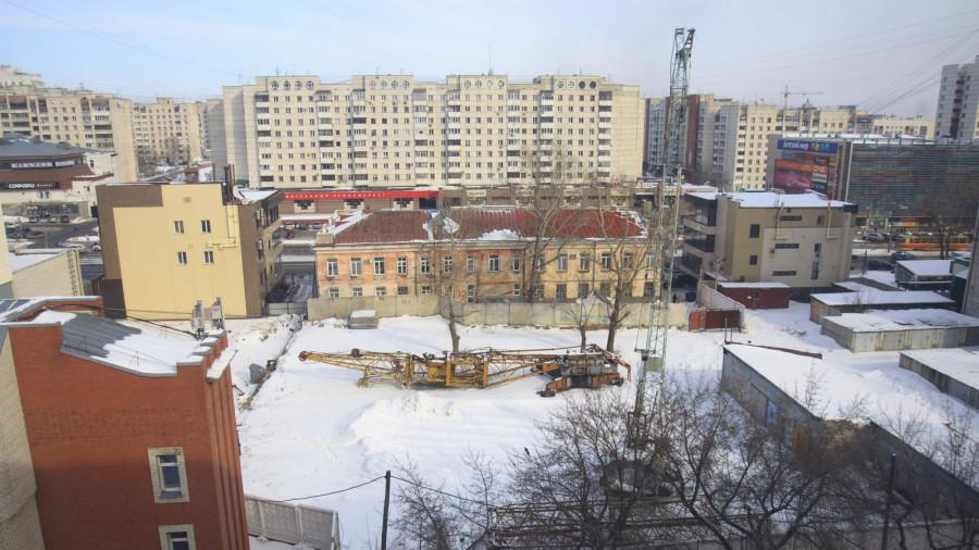 Площадка на Красноармейском, для которой 10 лет не могут придумать проект дома.