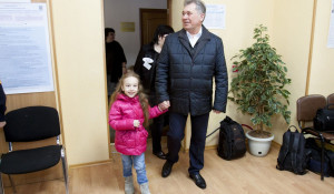 Александр Романенко проголосовал на выборах президента.