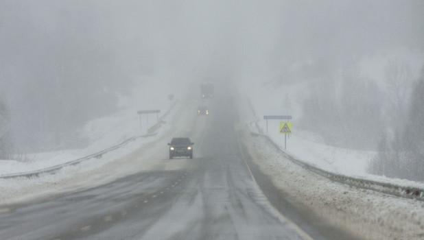 Буран на трассе Р-256. Непогода.