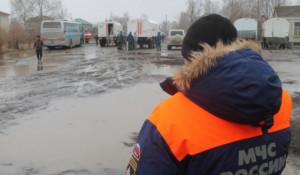 Паводок на Алтае. Спасатели МЧС пришли на помощь жителям подтопленных населенных пунктов Алтайского края. Март 2018 года.