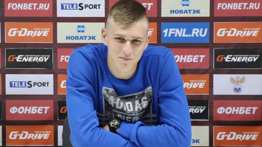 Футболист из Барнаула Александр Соболев