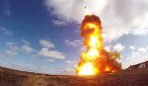 Испытательный пуск новой модернизированной ракеты российской системы.
