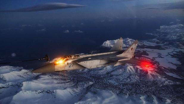 Российский истребитель вылетал на перехват американского самолета-разведчика
