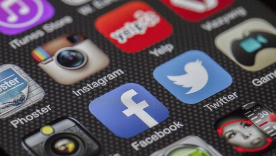 Приложения. Instagram. Facebook.