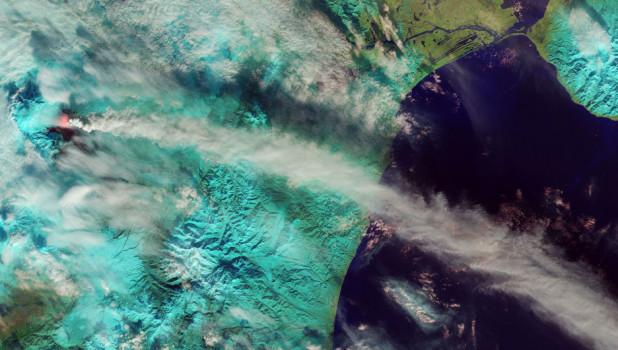Вулкан Ключевская Сопка. Извержение.