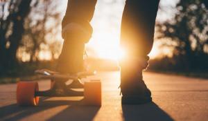 Молодежь. Скейтборд.