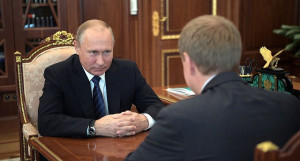 Путин встретился с и.о. губернатора Алтайского края Виктором Томенко.