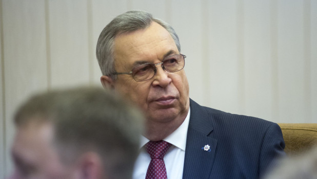 Павел Нестеров на представлении врио губернатора Алтайского края Виктора Томенко. 1 июня 2018 года.
