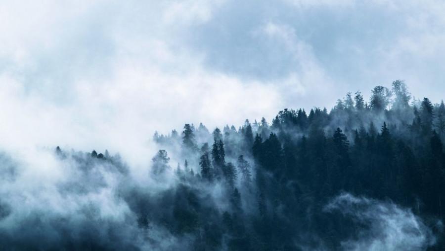Горы. Облака.