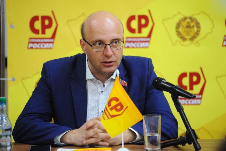 Владислав Вакаев, депутат АКЗС.