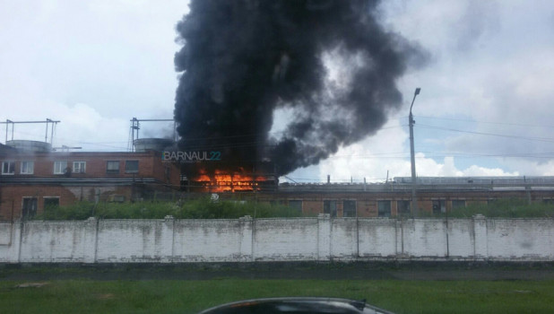 Пожар на территории Шинного завода.
