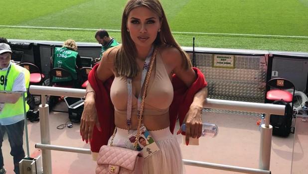 Виктория Боня болеет на ЧМ-2018.