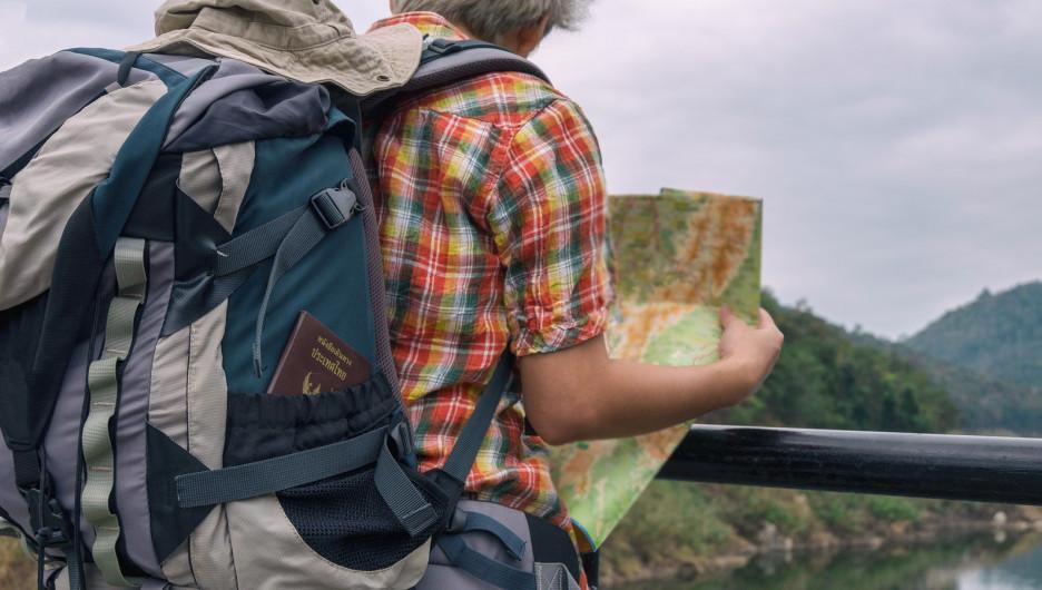 Турист с картой.