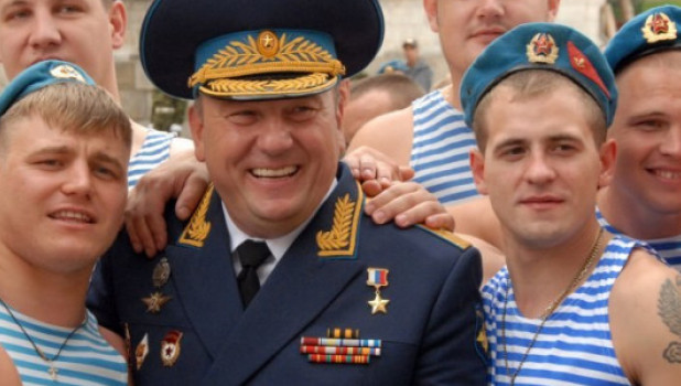 СМИ: Герой России Шаманов сменит Госдуму на место сенатора от Алтайского края