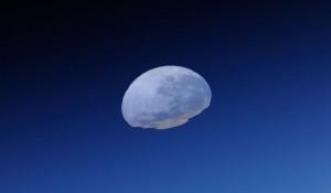 Лунный закат.
