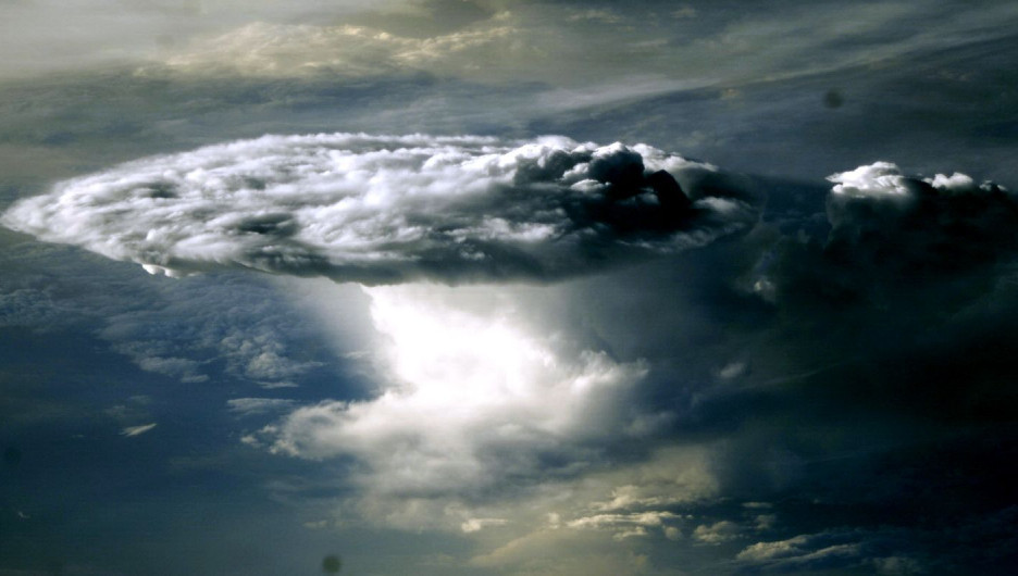 Облака из космоса.