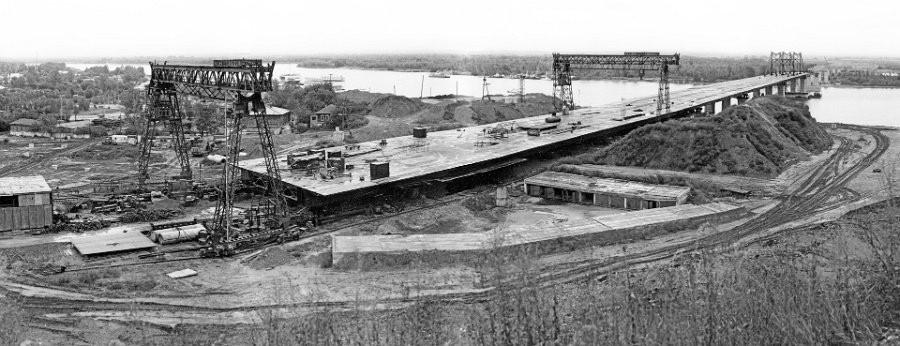Строительство Нового моста. Барнаул в 1980-х годах.