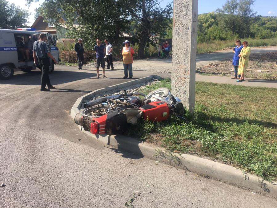 Мотоциклист погиб в ДТП в Бийске. 2 сентября 2018 год.