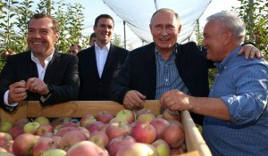 Дмитрий Медведев и Владимир Путин.