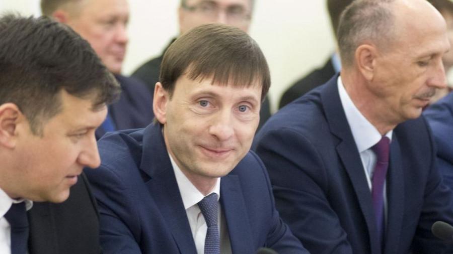 Александр Климин (в центре).