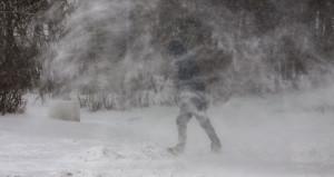 Метель. Зима. Снег.