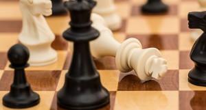 Шахматы. Конфликт.