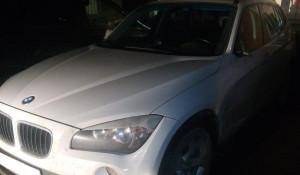 Автомобиль BMW.