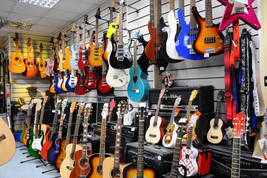 Музыкальные инструменты.