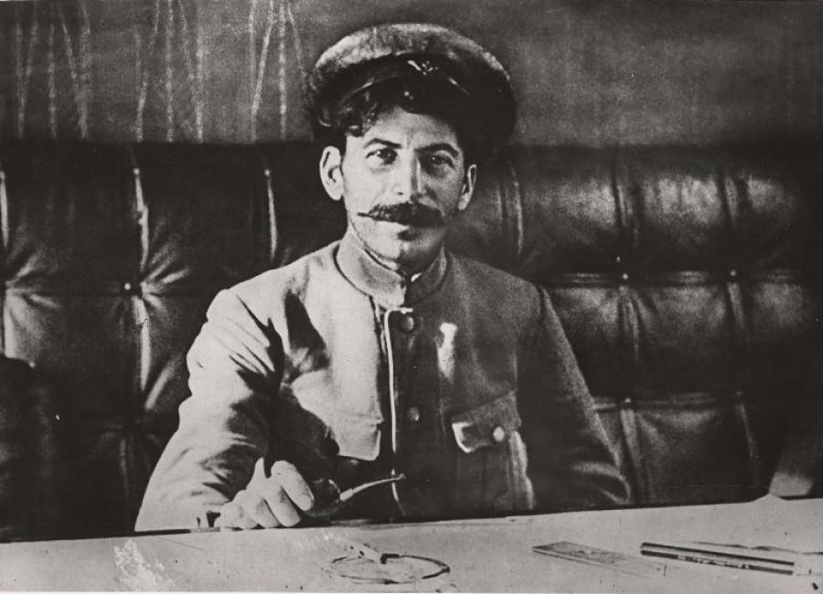 Иосиф Сталин, 1918 год