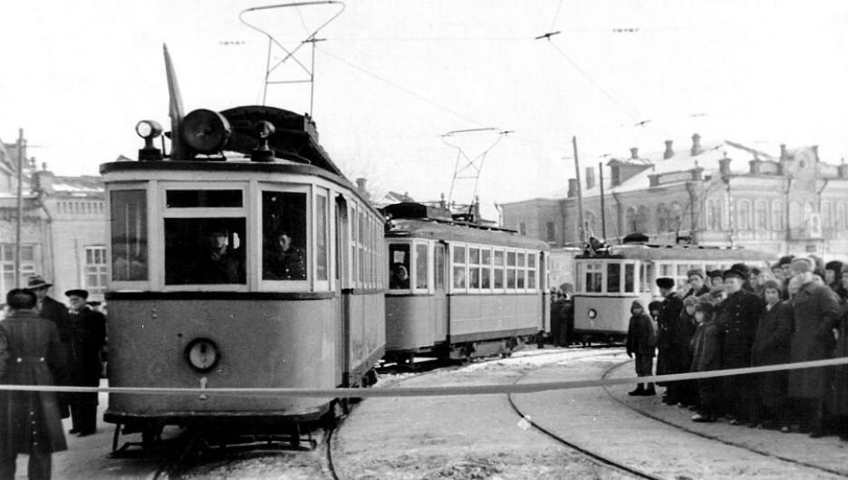 Пуск первого трамвая, ноябрь, 1948 год.