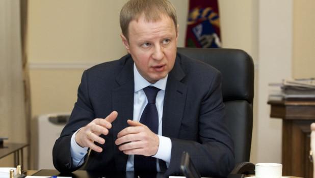 Томенко опустился в группу аутсайдеров в рейтинге влияния губернаторов