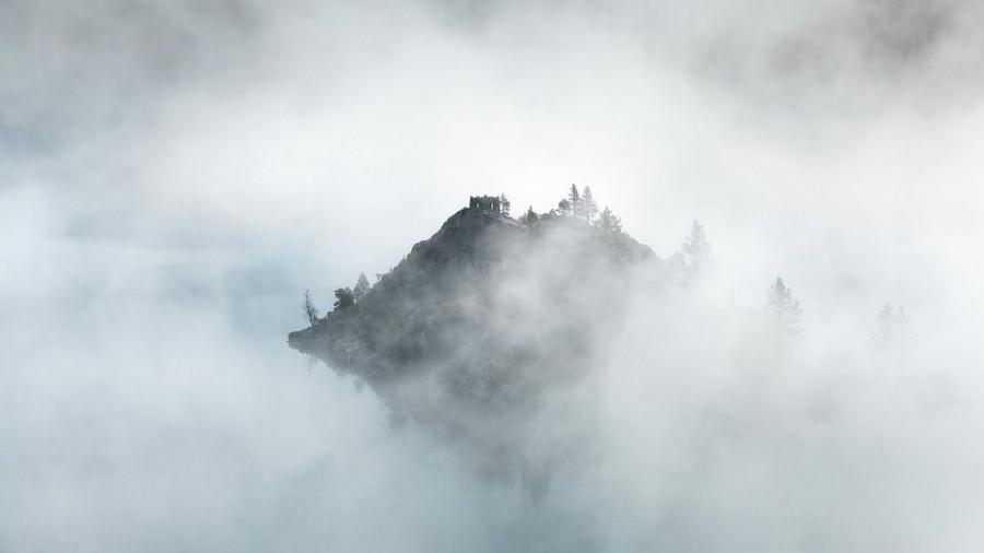 Остров в тумане.