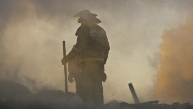Тушение пожара в Барнауле.
