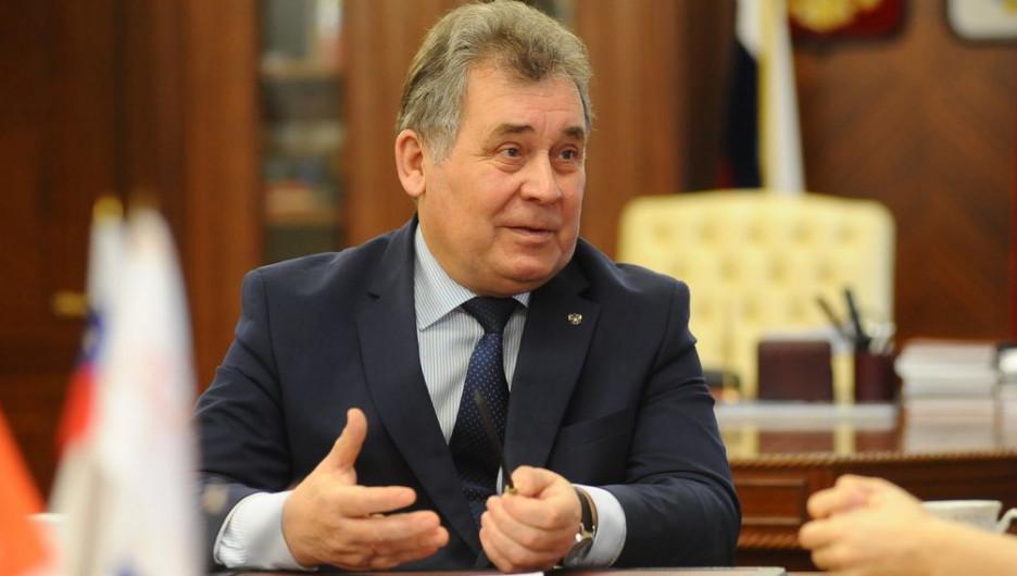 Александр Романенко.