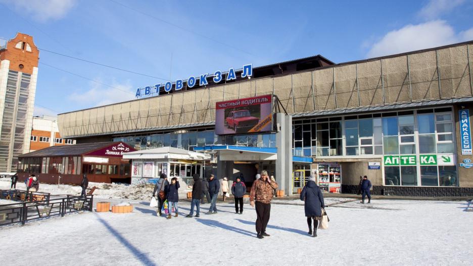 На Барнаульском автовокзале.